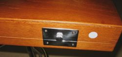 Инструментальный шкафчик.